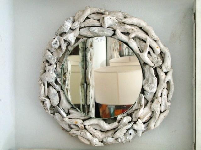 Espejo reciclado for Espejos redondos con marco de madera