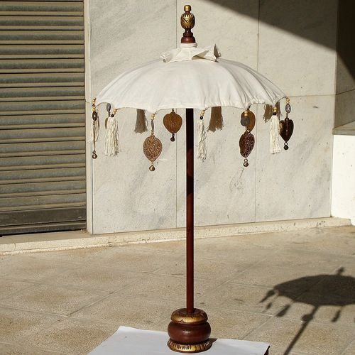 Cream Table Balinese Umbrella