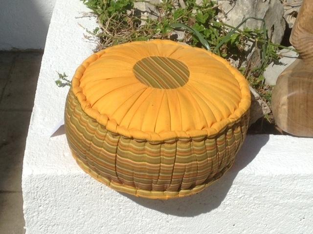 Cojín Redondo Meditación   .balidekor.com