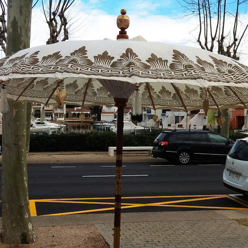 Cram Gold Balinese Umbrella Ø180