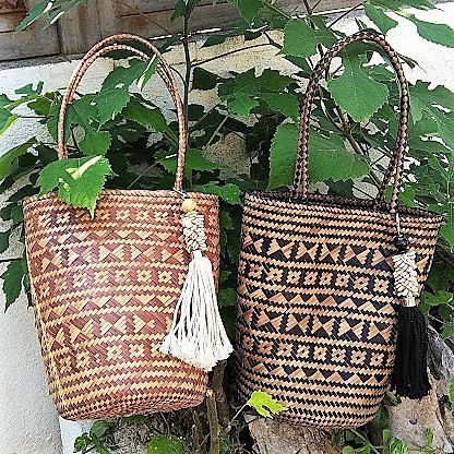 Shells Wicker Bag